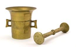 Mortero de cobre amarillo Fotos de archivo libres de regalías
