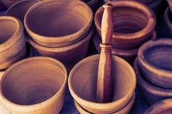 Mortero y tono de madera del vintage de la maja Imagenes de archivo