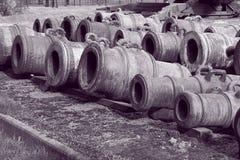 Morteros viejos en blanco y negro fotografía de archivo libre de regalías
