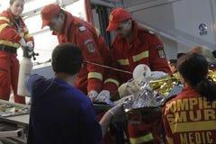 27 morti in fuoco del night-club di Bucarest Colectiv Fotografie Stock Libere da Diritti