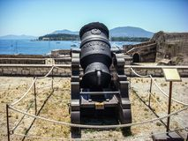 Mortier médiéval de vieux mortier de l'année 1684 dans la vieille forteresse de la ville de Corfou, Grèce Photos stock