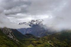 Morwegian山和谷 免版税库存照片
