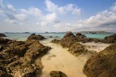 Morza plażowy niebieskie niebo Obrazy Royalty Free