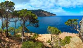 Morza Śródziemnomorskiego lata linia brzegowa Hiszpania Fotografia Royalty Free