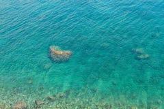 Morze Śródziemnomorskie koloru turkusowy tło w Kemer Obraz Stock