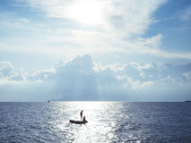 Morze Śródziemnomorskie przy zmierzchem Obrazy Royalty Free