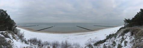 Morze Bałtyckie panoramy krótkopęd w zima czasie Fotografia Royalty Free