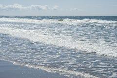 Morze Bałtyckie z fala Zdjęcia Royalty Free