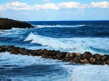 Morze, chmury, ranek i cisza, - wielki miejsce dla relaksu fotografia royalty free