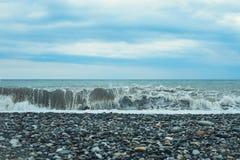 Morze fala kipiel Piękny błękit macha z mnóstwo morzem obraz stock