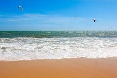 Morze, fala na plaży Obrazy Stock