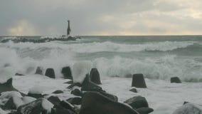 Morze fala na wybrzeżu zbiory
