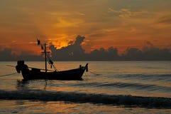 Morze i łódź Obrazy Stock