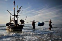 Morze i łódź Zdjęcie Stock