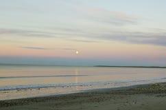 Morze i księżyc Zdjęcia Stock
