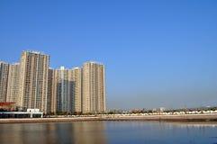 Morze i miasto zdjęcie stock