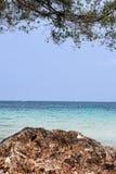 Morze i wyspa Fotografia Royalty Free