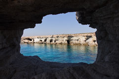 Morze jamy zbliżają przylądek Greko. Cypr fotografia stock