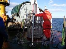 Morze Japonia, Rosja, Grudzień/- 01 2013: Nauki wyprawa wszczyna wielo- sedna sampler Obraz Stock