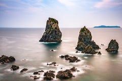 Morze Japonia wybrzeże zdjęcia stock