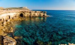 Morze jaskiniowa panorama Obrazy Royalty Free