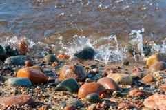 Morze kamienie, kamienie od morza, kamienie różny rozmiar i kolor, duzi i mali, Zdjęcie Stock
