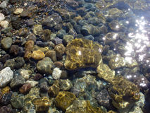 Morze kamienie pod wodą Fotografia Royalty Free