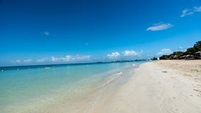 Morze Karaibskie - piaskowata plaża Negril Jamajka zdjęcia stock