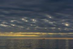 Morze krajobraz, Tramonto sul klacz Fotografia Stock