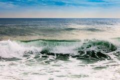 Morze macha n silnego wiatr Obrazy Stock