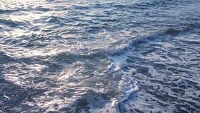Morze macha na pla?y przy zmierzchem, lata seascape t?o zbiory