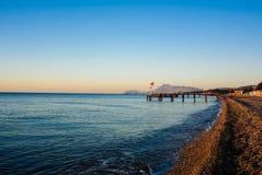 Morze macha przy wschodem słońca Fotografia Royalty Free
