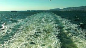 Morze macha za ferryboat zdjęcie wideo