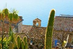 Morze za dachami Zdjęcia Stock