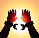 Mãos levantadas com correntes quebradas Imagens de Stock