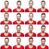 Mosaïque de femme avec des taches de rousseur exprimant différentes expressions d'émotions La femme avec le T-shirt rouge avec 16 Photos stock