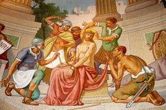 Mosaico colorido da coroa do espinho de Jesus, Lourdes, França fotos de stock royalty free