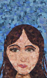 Mosaico della giovane donna della ragazza che dipinge abbastanza Immagini Stock