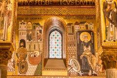 Mosaico dourado na igreja de Martorana do La, Palermo, Italia foto de stock