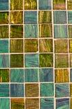 Mosaico multi azul y verde del azulejo del color Imagenes de archivo