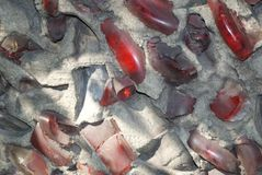 Mosaico quebrado de la pared de la botella de cristal fotos de archivo libres de regalías