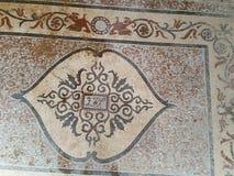 Mosaico romano rosso e giallo del vecchio mosaico Immagine Stock
