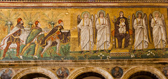 Mosaicos de Ravena del santo Apollinare Nuovo Imagen de archivo