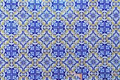 Mosaik av portugisiska azulejotegelplattor arkivfoto