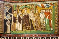 Mosaik der Kaiserin Theodora und der Begleiter stockfoto