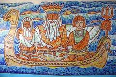 Mosaik des farbigen Glases auf der Wand. stockbild