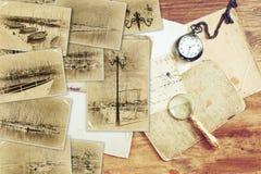 Mosaik mit alten Bildern sehr des Jachthafens mit Yachten Collage mit Retro- Effekt und im altem Stil Foto Verrostete, alte, symb lizenzfreie stockbilder