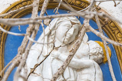 Mosaik von Jungfrau Maria und von Baby Jesus in den Ruinen Lizenzfreies Stockbild