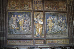 Mosaiker i domkyrkan eller domkyrkan i Chester England arkivfoton