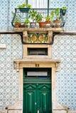 Mosaikmuster auf dem Lissabon-Haus Lizenzfreie Stockfotos